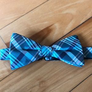 Countess Mara Bow Tie⭐️⭐️HOST PICK⭐️⭐️NWT!